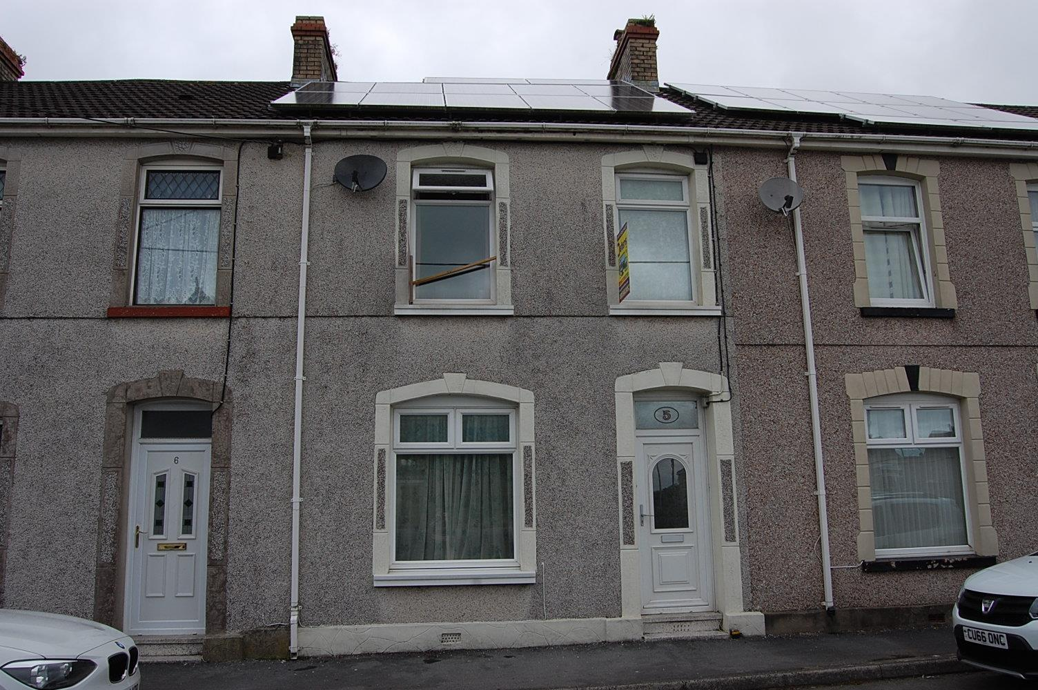 5 Woodlands Terrace, Cross Hands, Llanelli, Carmarthenshire